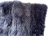 Pelzdecke Nr22 aus gefedertem und nachtblau gefärbtem Blaufuchs