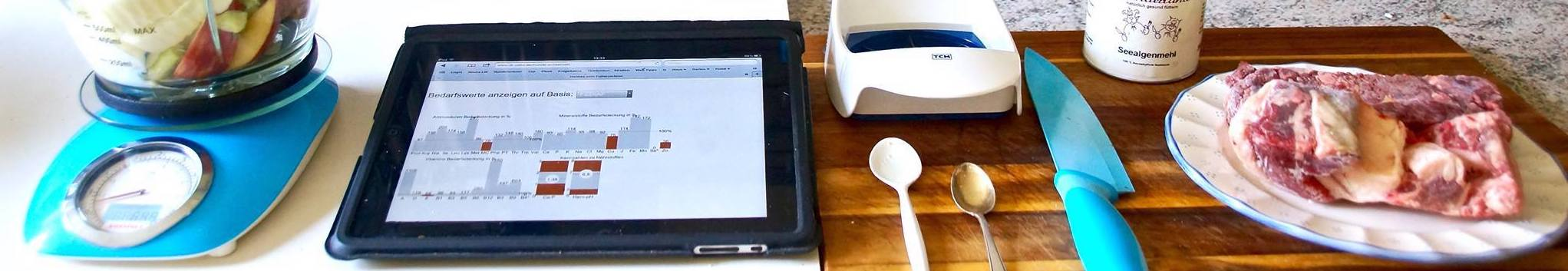 Hannes Sein Futterrechner in der Küche