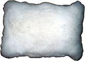Pelzkissen Kaninchen weiß